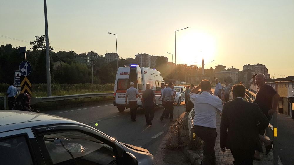 Pazar'da kaza: 1 yaralı 2