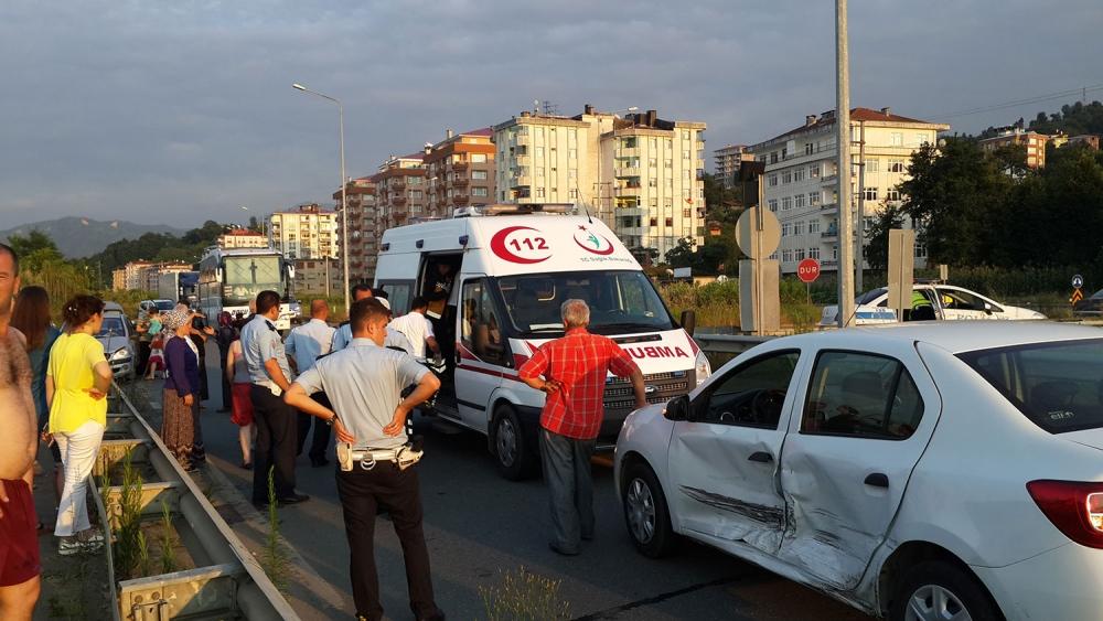 Pazar'da kaza: 1 yaralı 4