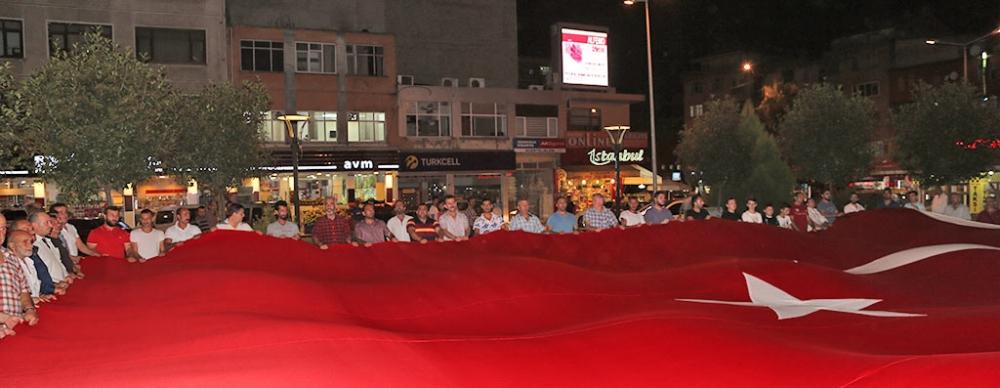 PAZAR'DA TERÖR SALDIRILARI PROTESTO EDİLDİ 2