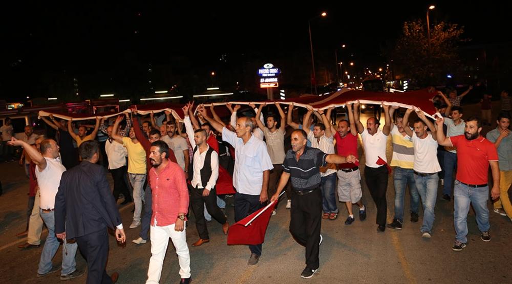 PAZAR'DA TERÖR SALDIRILARI PROTESTO EDİLDİ 4