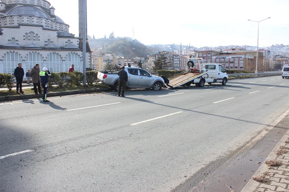 Pazar'da trafik kazası: 4 yaralı 5