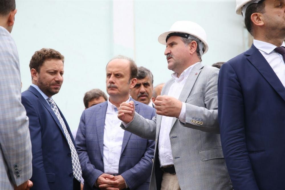 Bakan Bak, Pazar M. Akif Pirim Spor Salonuna el attı 16