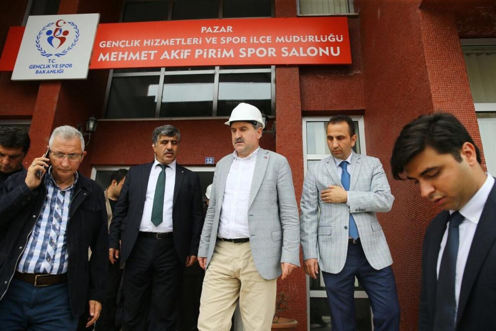 Bakan Bak, Pazar M. Akif Pirim Spor Salonuna el attı 6