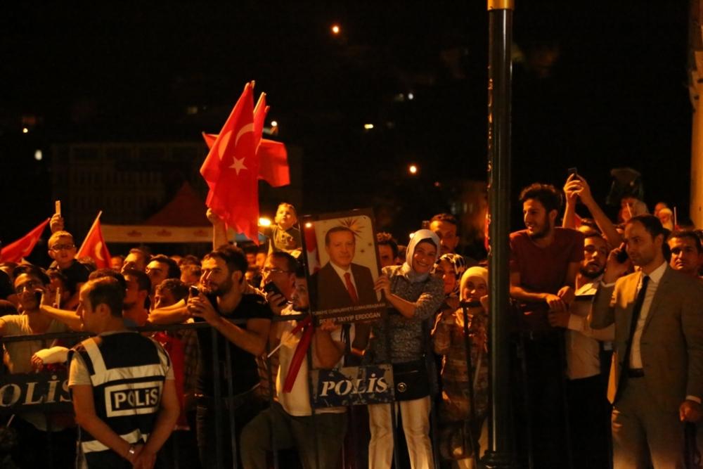 Erdoğan'dan hemşehrilerine sitem! 3