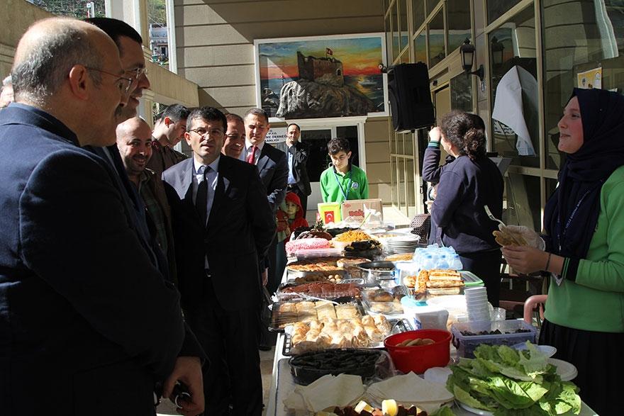 Pazar'da 'Çay Diyarından Zeytin Dalına' kermes 14