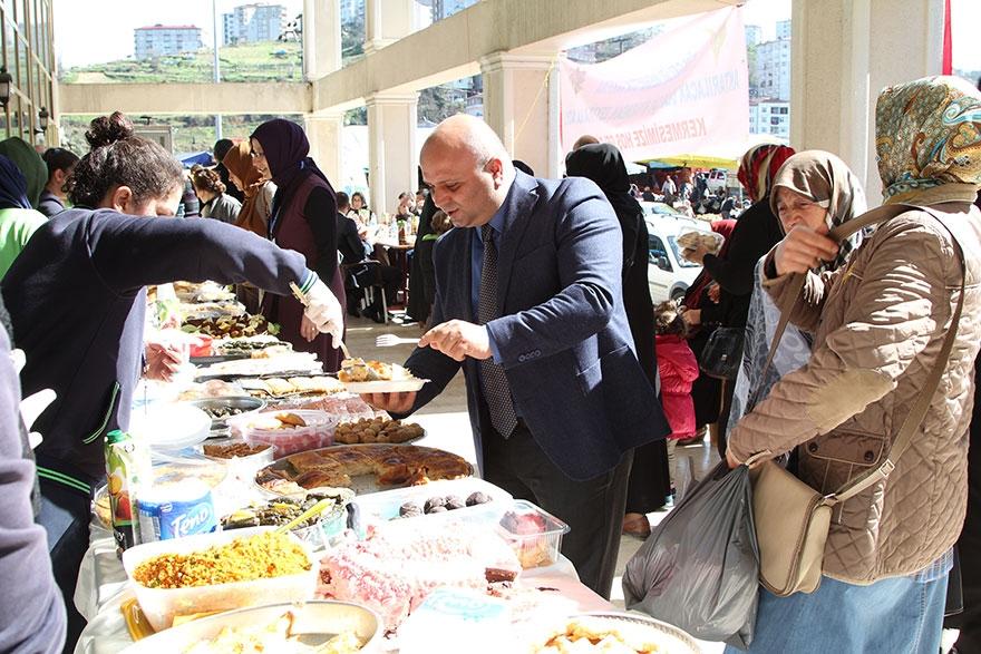 Pazar'da 'Çay Diyarından Zeytin Dalına' kermes 18