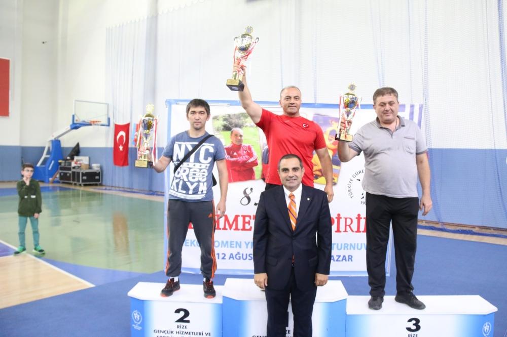 Pazar'daki güreş turnuvası sona erdi 23