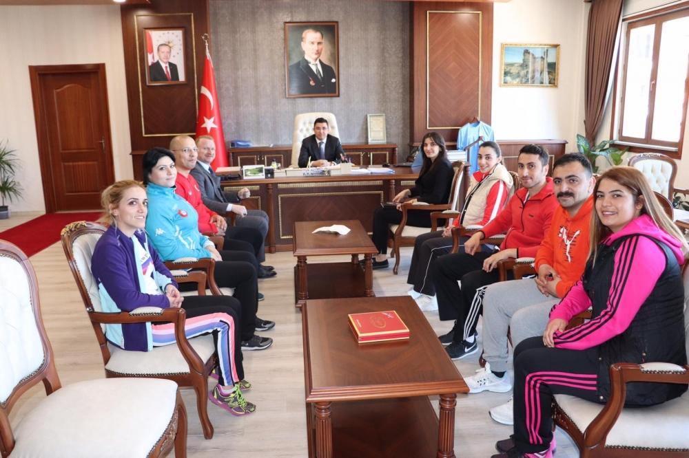 Pazar'da 7 yeni antrenör ile 1 spor eğitim uzmanı göreve başladı 11