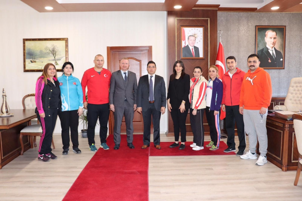 Pazar'da 7 yeni antrenör ile 1 spor eğitim uzmanı göreve başladı 19