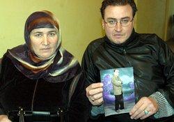 Rize'de acılı anne oğlunu arıyor