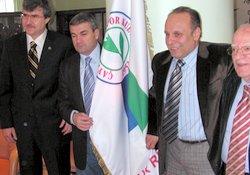 Rizespor'da Çalımbay imzaladı