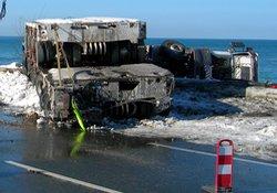 Buzlu yollar, kazalara yol açtı!