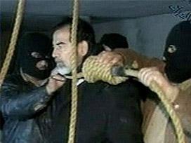 İdam edilen Saddam değil miydi?