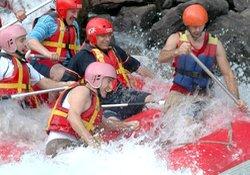 Rize Valisi rafting yaptı