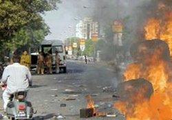 Türkmen karakoluna saldırı:30 ölü