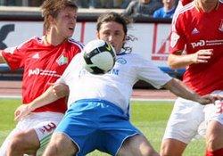 Fatih Tekke'den uçarak kafa golü