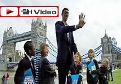 Dünyanın en uzun insanı bir Türk