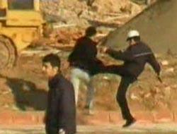 Polis, fanatiklere böyle daldı!