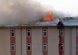 Rize yurt binasında yangın İZLE