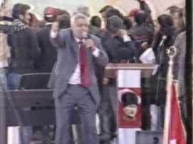 Tuncay Özkan, F.Gülen'e yılan dedi