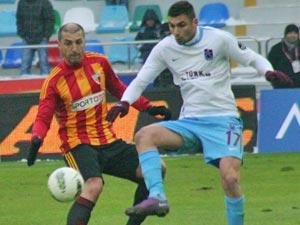 Trabzon, 2 dakikada beraberliği yakaladı!