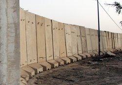 Daha çok özgürlük dediler, şimdi duvar örüyorlar!
