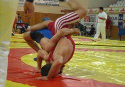 Rize'deki güreşlere büyük ilgi