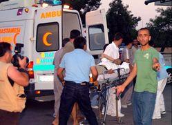 İzmir'de bomba patladı