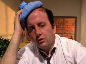 Sık tekrarlanan baş ağrılarını hafife almayın!