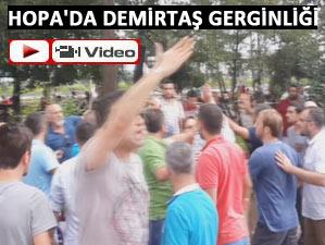 Demirtaş standı Hopa'da da saldırıya uğradı!