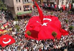 Trabzon, şehidini uğurladı