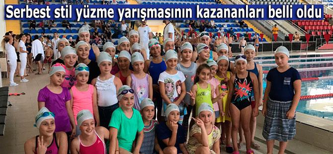 Serbest stil yüzme yarışmasının kazananları belli oldu