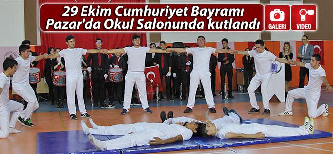 29 Ekim Cumhuriyet Bayramı Pazar'da Okul Salonunda kutlandı