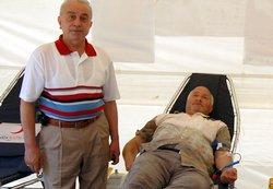 Kızılay, Pazar'da kan çadırı kurdu