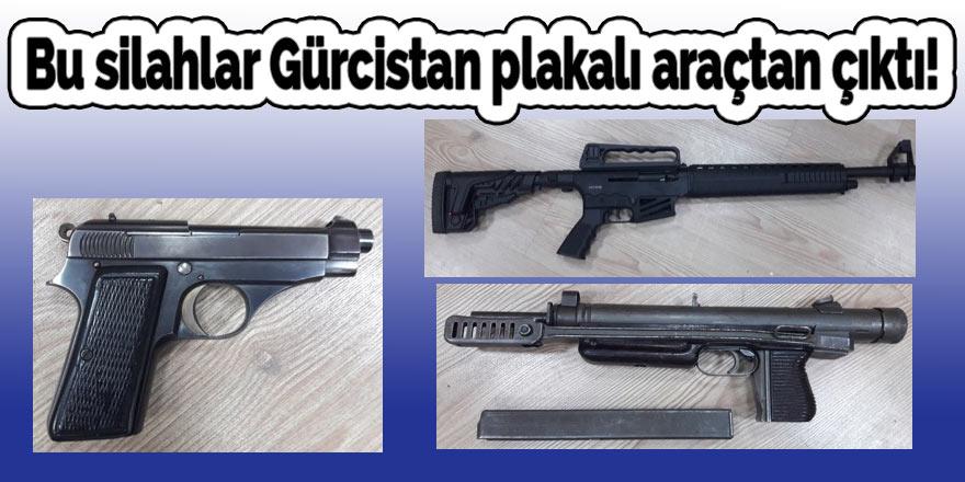 Bu silahlar Gürcistan plakalı araçtan çıktı!