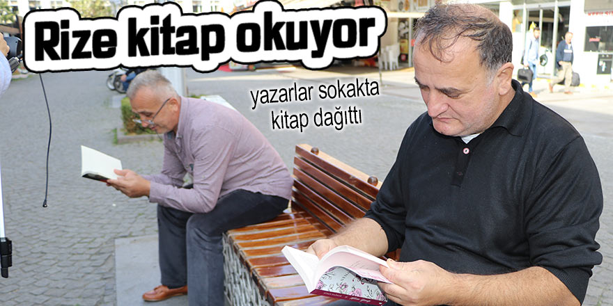 Rize'de yazarlar sokakta kitap dağıttı