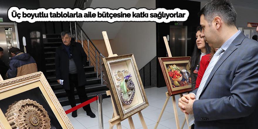 Üç boyutlu tablolarla aile bütçesine katkı sağlıyorlar