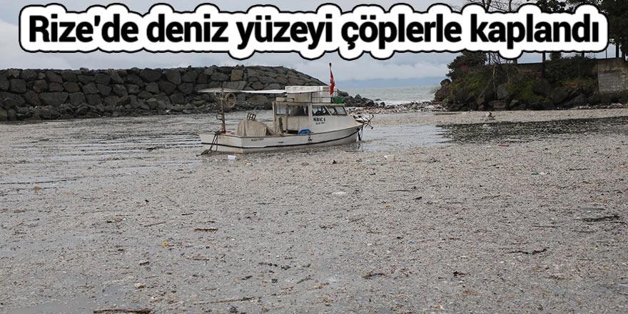 Rize'de deniz yüzeyi çöplerle kaplandı