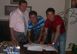 Pazarspor'da imzalara devam