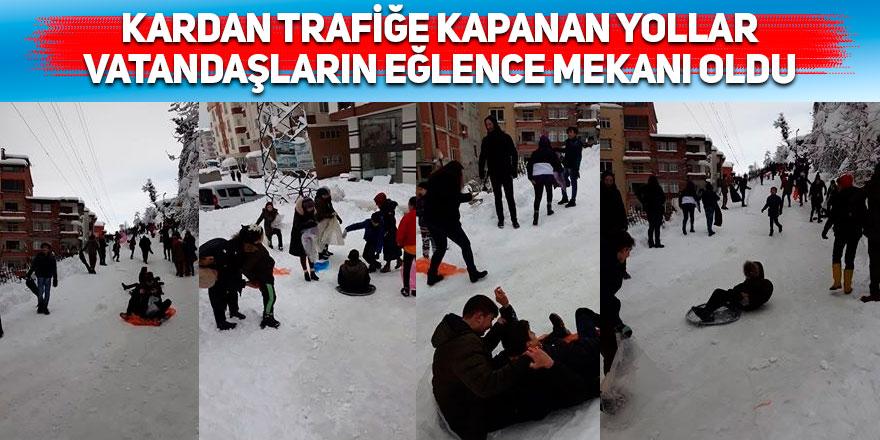Kardan trafiğe kapanan yollar vatandaşların eğlence mekanı oldu