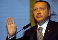 Erdoğan, Yılmaz'ı topa tuttu
