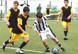 Yaz Kur'ân kursu futbol turnuvası