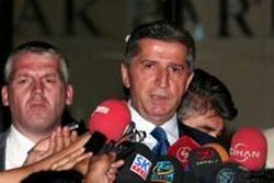 AKP'de Toptan, MHP'de Toskay