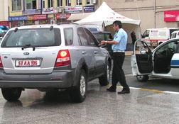 Polisin kırmızı plaka sıkıntısı