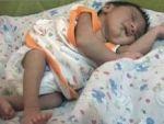 Bebeğin sırtında 'Allah' yazıyor!