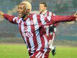 Yattara Trabzonspor'a kaldı