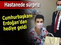Cumhurbaşkanı Erdoğan'dan lösemi hastası Adem'e jest