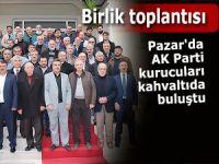 Pazar'da AK Parti kurucuları kahvaltıda buluştu