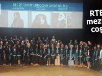 RTEÜ'de mezuniyet töreni
