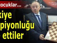 Satranç Türkiye Şampiyonları ödüllendirildi